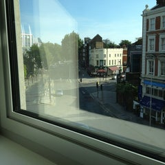 Photo taken at Tune Hotels Westminster by Fabio M. on 8/26/2013