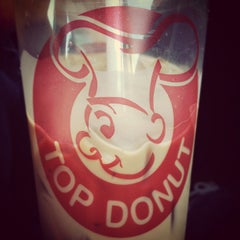 Photo taken at Top Donut by Will L. on 9/23/2012