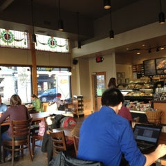 Photo taken at Starbucks by G33kyG1rl on 11/9/2012