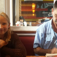 Photo taken at Chili's Grill & Bar by Vanessa H. on 9/21/2014