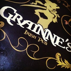Photo taken at Grainne's Irish Pub by Ricardo G. on 2/17/2013