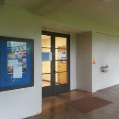 Photo taken at Kamehameha Schools - KU 216 by Ken S. on 3/23/2013