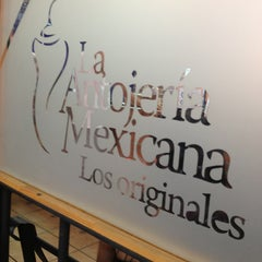 Photo taken at Antojería Mexicana by Maikol R. on 2/5/2013