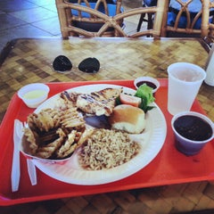 Photo taken at Pollo Tropical by Bruno R. on 1/10/2013