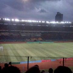 Photo taken at Stadion Utama Gelora Bung Karno (GBK) by Rully H. on 3/23/2013