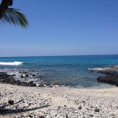 Photo taken at La'Aloa Bay Beach (White Sands Beach Park) by Scott B. on 4/23/2013