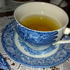 Photo taken at Tea On The Tiber by Veronica M. on 1/20/2013