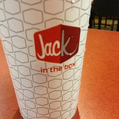 Photo taken at Jack in the Box by Marquez on 8/6/2013