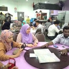 Photo taken at Q Thai Restaurant by Syafiq R. on 4/6/2015