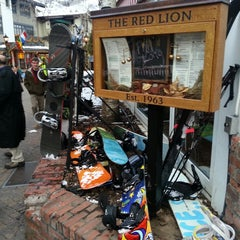 Photo taken at Red Lion by Glenn C. on 2/18/2013