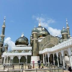 Photo taken at Masjid Kristal by Syahidi Alfee M. on 3/4/2013