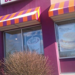 Photo taken at Dunkin' Donuts by David B. on 1/22/2013