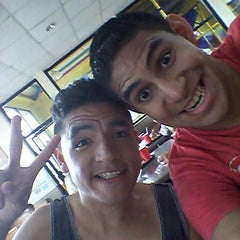 Photo taken at Wendy's Mall Megaplaza by Fabry C. on 4/16/2014
