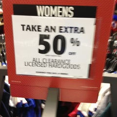 Photo taken at Dick's Sporting Goods by Bing F. on 2/2/2013