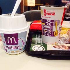 Photo taken at McDonald's Kok Lanas Drive Thru by Yani M. on 7/26/2015