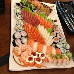 Photo taken at Sushi da Moka by Athos M. on 6/30/2013