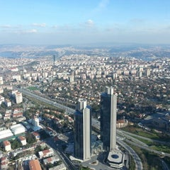 Photo taken at Sapphire Seyir Terası by Uğur Hakkı K. on 2/12/2013