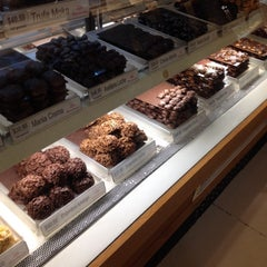 Photo taken at Sanborns by Sorell T. on 1/19/2014