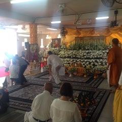 Photo taken at วัดเขาพุทธโคดม (Wat Khao Phutthakhodom) by PookKie😎 on 3/13/2016