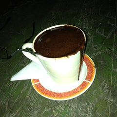 Photo taken at Arka Sokak Cafe by Tahir İ. on 11/16/2013
