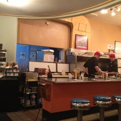 Photo taken at The Uptowner Cafe on Grand by Jeff R. on 1/26/2013