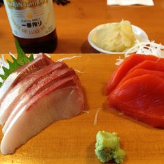 Photo taken at Sushi Itoga by The Oyster Blog T. on 11/10/2012