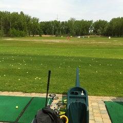 Photo taken at Club de golf La Prairie by Léa R. on 6/1/2013