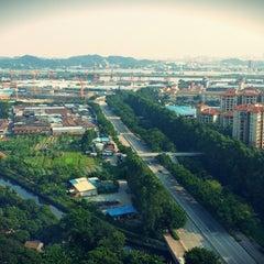 Photo taken at Four Points by Sheraton Guangzhou, Dongpu by Ooi Zhi Yi on 7/28/2014