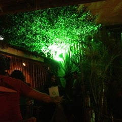 Photo taken at Quintal Restaurante, Bar e Lounge by Lucas G. on 1/19/2013