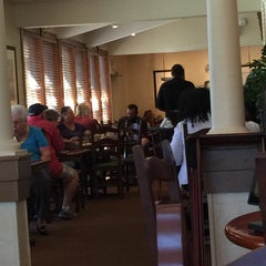 Photo taken at Olive Garden by Mary Catherine J. on 10/23/2015