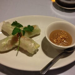Photo taken at Lotus Vietnamese Cuisine by Meredith M. on 10/14/2014