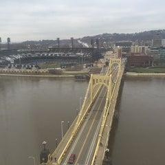Photo taken at Renaissance Pittsburgh Hotel by Dan K. on 12/30/2015