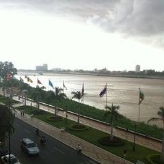 Photo taken at FCC Phnom Penh by Thiếu N. on 6/30/2013