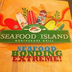 Photo taken at Blackbeard's Seafood Island by Randell A. on 1/19/2013