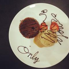 Photo taken at Café Coco Madeleine by Nanda P. on 12/17/2014