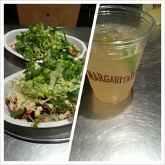 Photo taken at Chipotle Mexican Grill by Sandra A. on 1/12/2013