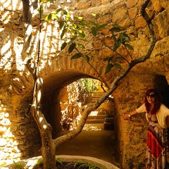 Photo taken at Underground Gardens - Baldasare Forestiere by Marina V. on 6/14/2014