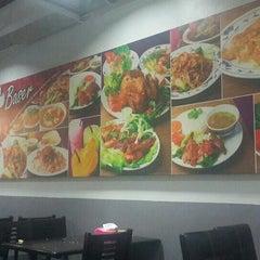 Photo taken at Restoran Baser by Finee R. on 7/5/2015
