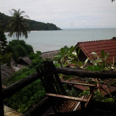 Photo taken at Baan Lanta Resort & Spa by Diyana K. on 8/29/2014
