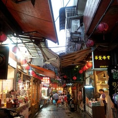 Photo taken at 九份老街 Jiufen Old Street by Theresa K. on 6/11/2013