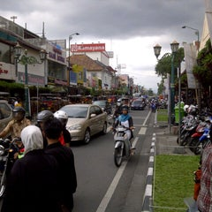 Photo taken at Malioboro by Arief a. on 12/29/2012