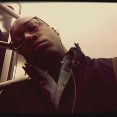 Photo taken at MTA Subway - Pelham Parkway (2/5) by Tremayne on 3/12/2014