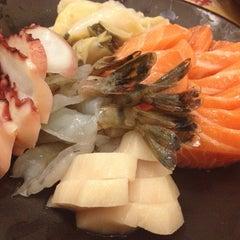 Photo taken at Wada Japanese Restaurant 和田日本料理 by Pleawthip H. on 6/12/2013