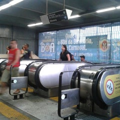 Photo taken at MetrôRio - Estação Central by Suzana M. on 2/12/2013