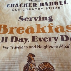 Photo taken at Cracker Barrel Old Country Store by Yogi C. on 2/24/2013