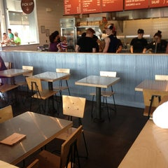 Photo taken at Chipotle Mexican Grill by Daniel A. on 7/13/2014