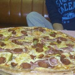Photo taken at Pizzeria Gloria by Marko K. on 5/11/2013