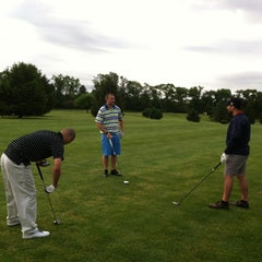 Photo taken at Hickory Heights Golf Club by Scott T. on 5/18/2013