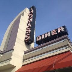 Photo taken at Thomas's Ham 'N' Eggery Diner by Lethia W. on 2/2/2013