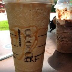 Photo taken at Starbucks by xedii b. on 8/27/2013